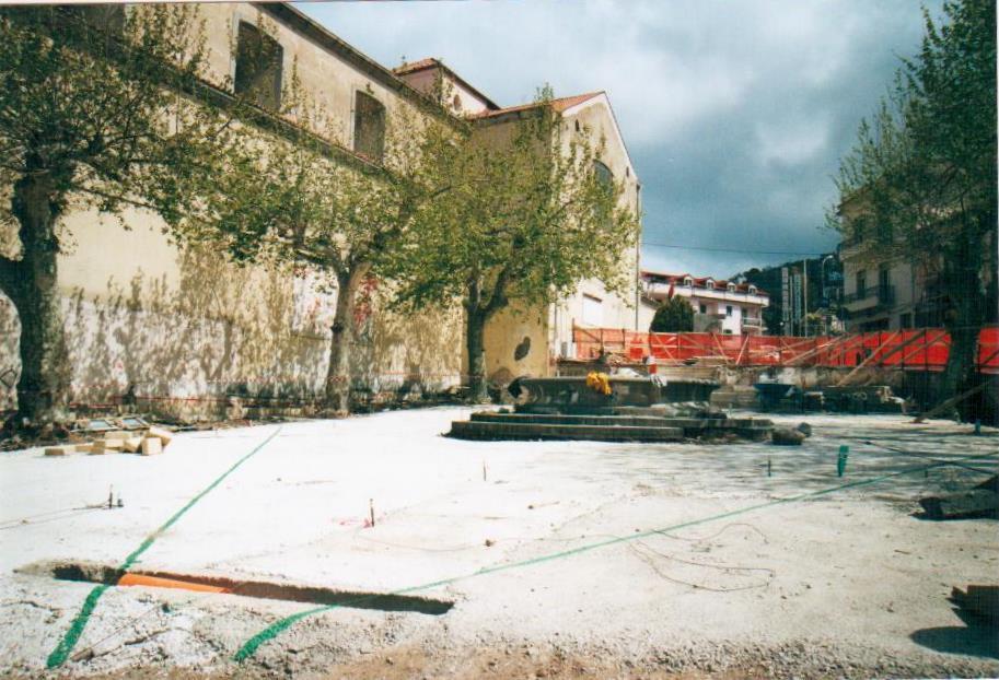 Piazza roma si rifa il look correva l anno 2001 for Arredo urbano roma